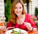 Makan Perlahan Bisa Kurangi Asupan Kalori